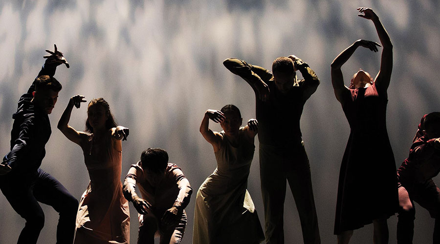 Expressions Dance Company and BeijingDance/LDTX are bringing their new work Matrix to QPAC
