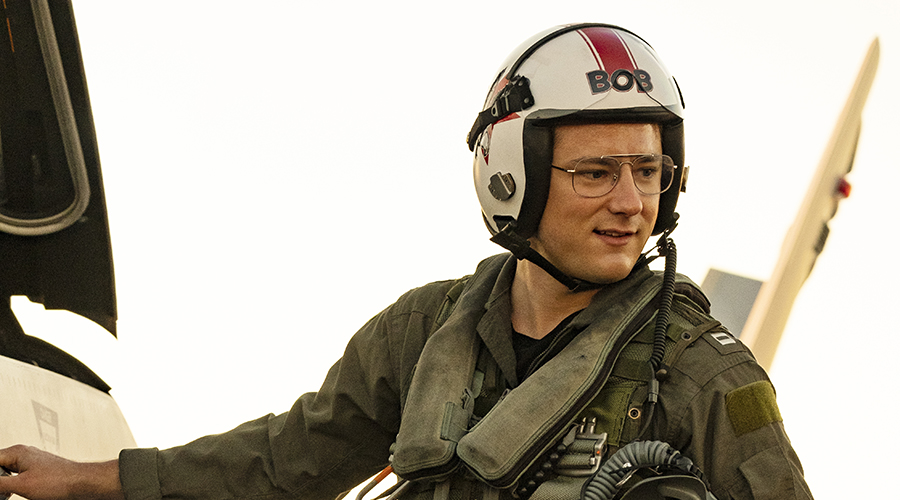 A new class of aviators take flight - new images from Top Gun: Maverick!