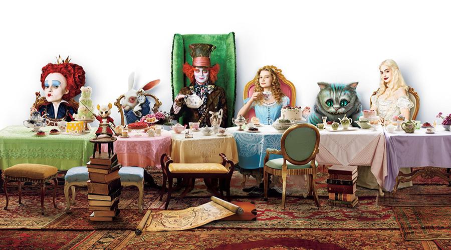 Retro Movie Review - Alice In Wonderland