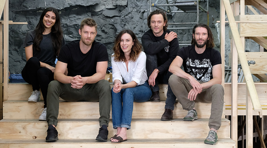 STELLAR CAST AND CREW SINK THEIR TEETH INTO KILLER CROC SEQUEL AS PRODUCTION BEGINS ON AUSTRALIAN FEATURE FILM BLACK WATER: ABYSS